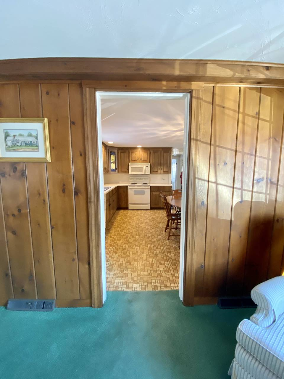 Entrance to Kitchen from Family Room