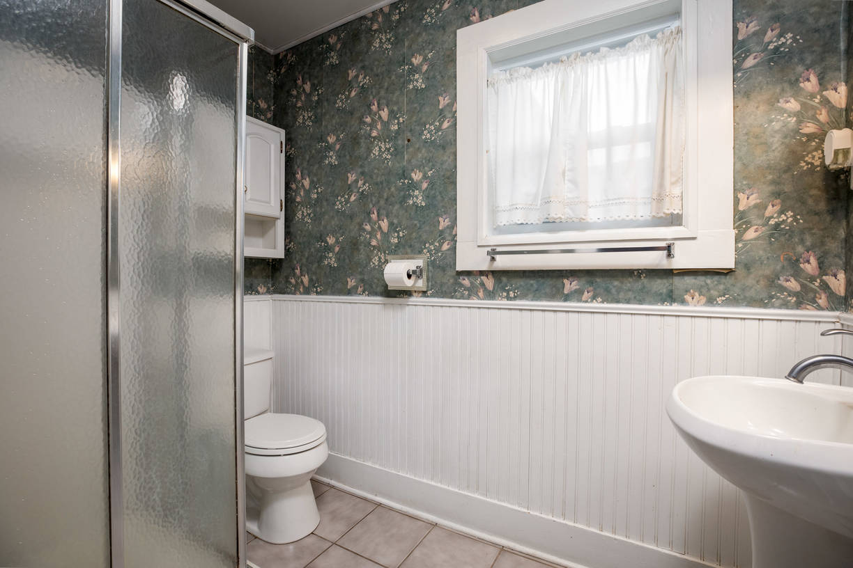 Wainscoting is charming-MBath