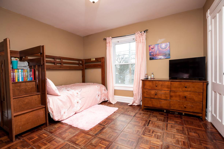 2nd Flr Bed 4